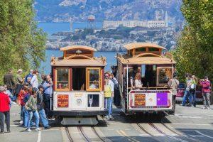 Ngắm San Francisco trên chuyến đi Cable Cars huyền thoại